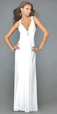 يتبع:0154::0154: احلى الفساتين بلون الابيض حصريا