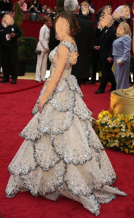 صورة فستان من مصمم عربي ... روووعة