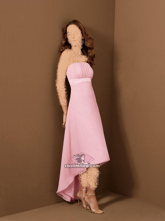اهلا بكم انا اريد تقديم هذه الفساتين ها هي ذي