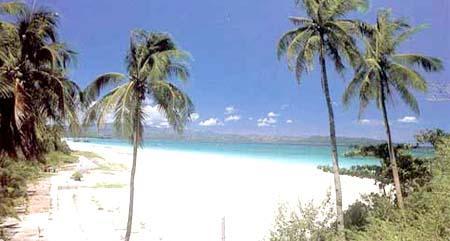 جزيرة بوراكي وسحر الطبيعه