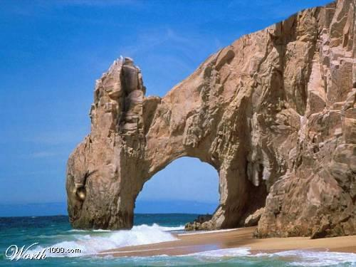 """حيث المسابح والشواطئ والرمال النظيفة والمطاعم SIZE=""""6""""]هذي بعض الصوورة عن"""