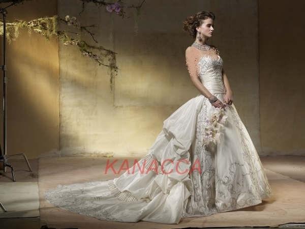 2013- تصاميم فساتين العروس 2013 مجموعة فساتين عروس من kanaccas
