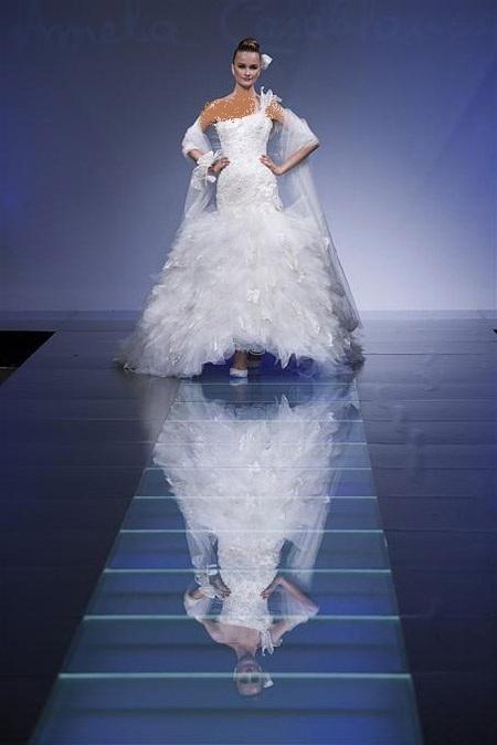 فساتين زفاف بسيطة ، ناعمة وأنيقة ،