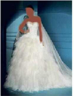 مرحبا صبايا اليوم جايبتلكم فساتين زفاف نعومة من ديميتريوس مستخدم