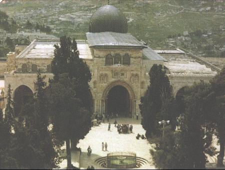 صورة مسجد قبة الصخرة بدلا من صورة المسجد الاقصى.. حتى