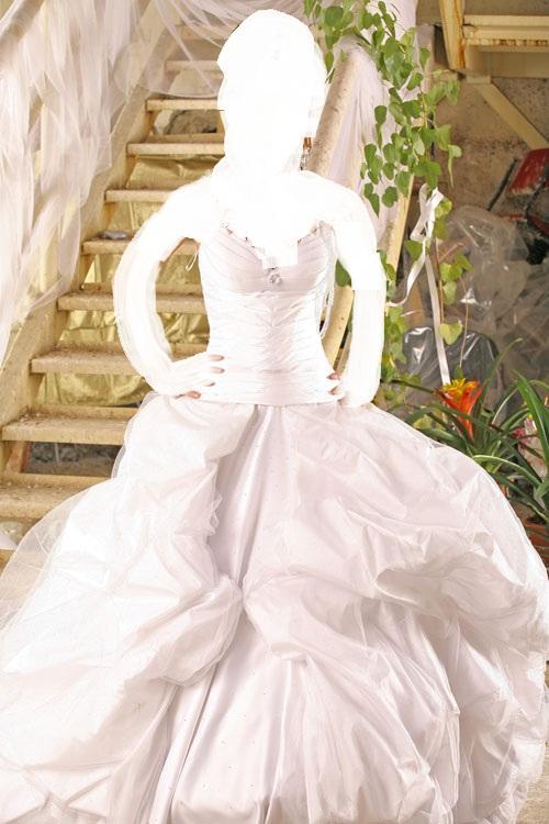 2013فساتين زفاف لك عروستيفساتين زفاف حلوة لاحلى عرايس 2013فساتين زفاف