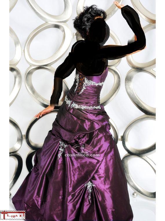 .. .. .. .. . . اروع الفساتين