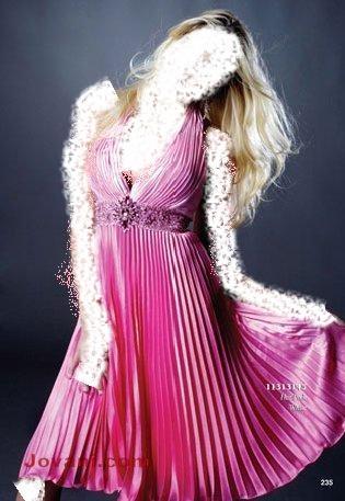 .. تجعلك أميرة ليلة زفافكفساتين جديدة لإطلالة أكثر شياكة وجمالأجمل