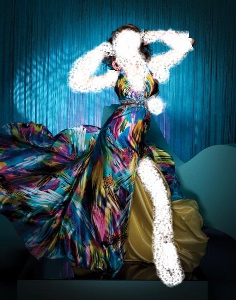 Paris Idolفساتين سهرة ناعمة من فيرساتشي في أسبوع الموضة باريسفساتين