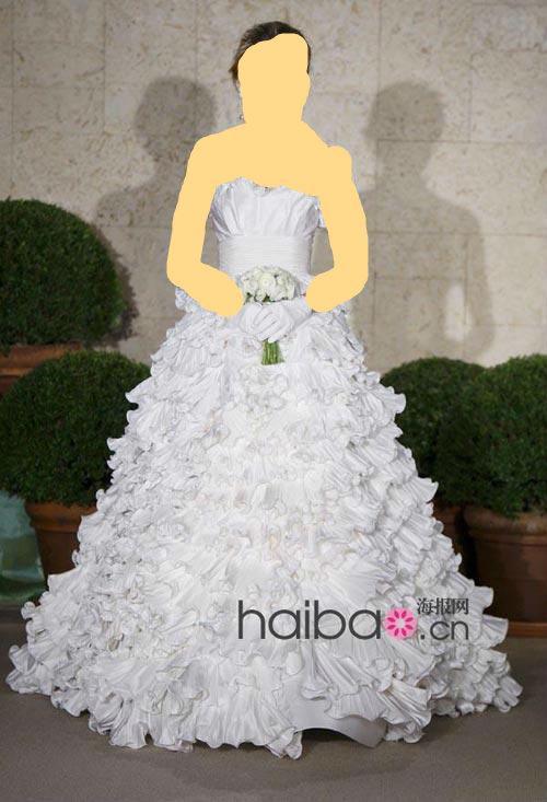 السلام عليكم كلنا نعرف ان العروسه لازم تطلع انيقه راقيه