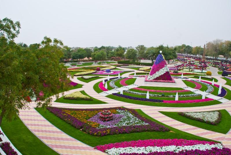 بالعالم هي حديقة العين برادايس والتي تقع بمنطقة زاخر في