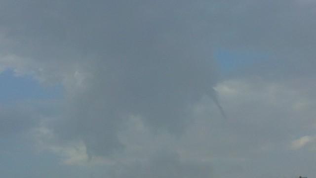 هذي بعض الصور للسحب والغيوم من تصويري اعجبتني وحبيت