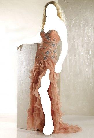 الحياة الوان ... فتمتعى بالوانها مع هذه الفساتين السلام عليكم
