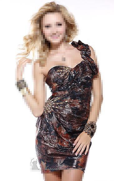 الإدمان على كتابة الرسائل النصية القصيرة smsمجموعة صور من الفساتين