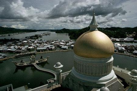 ملايين دولار .. وهو من الأمثلة الشاهدة على العمارة الإسلامية