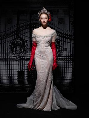 صلةفساتين الزفاف لـ ريم اكرا- شتاء 2013فساتين زفاف ريم عكرا2014مجموعة