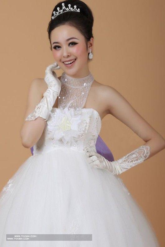 ولا أروع .. تجعلك أميرة ليلة زفافكفساتين زفاف لصاحبات الذوق