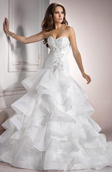 مواضيع ذات صلةفساتين زفاف رقيقة 2013فساتين زفاف Tony Bowlsفساتين