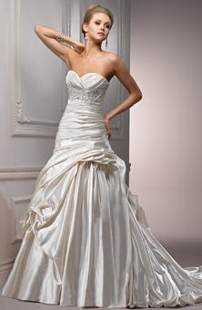 احدث فساتين زفاف عندما تجتمع الاناقه والفخامه فساتين زفاف