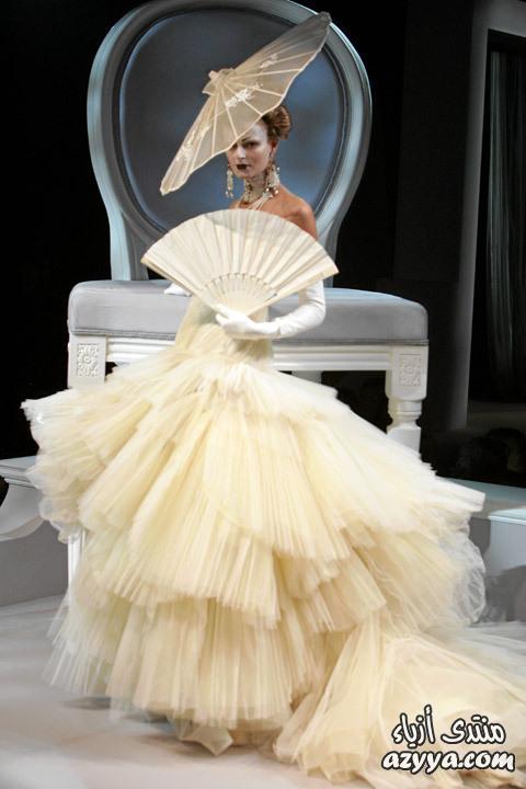 مواضيع ذات صلةالفيونكة في موديلات فساتين السهرة 2013فساتين الزفاف