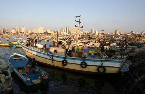 مدينة غزة في الجزء الجنوبي من الساحل الشرقي للبحر المتوسط