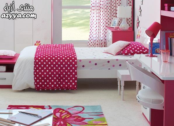 ESCADAرومانسية وجمال اللون الأبيض في غرفة النوملمسات أنيقة جذابة في