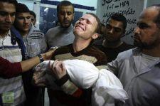 """البي بي سي في غزة """"جهاد مشهراوي"""" والذي فقد ابنه،"""