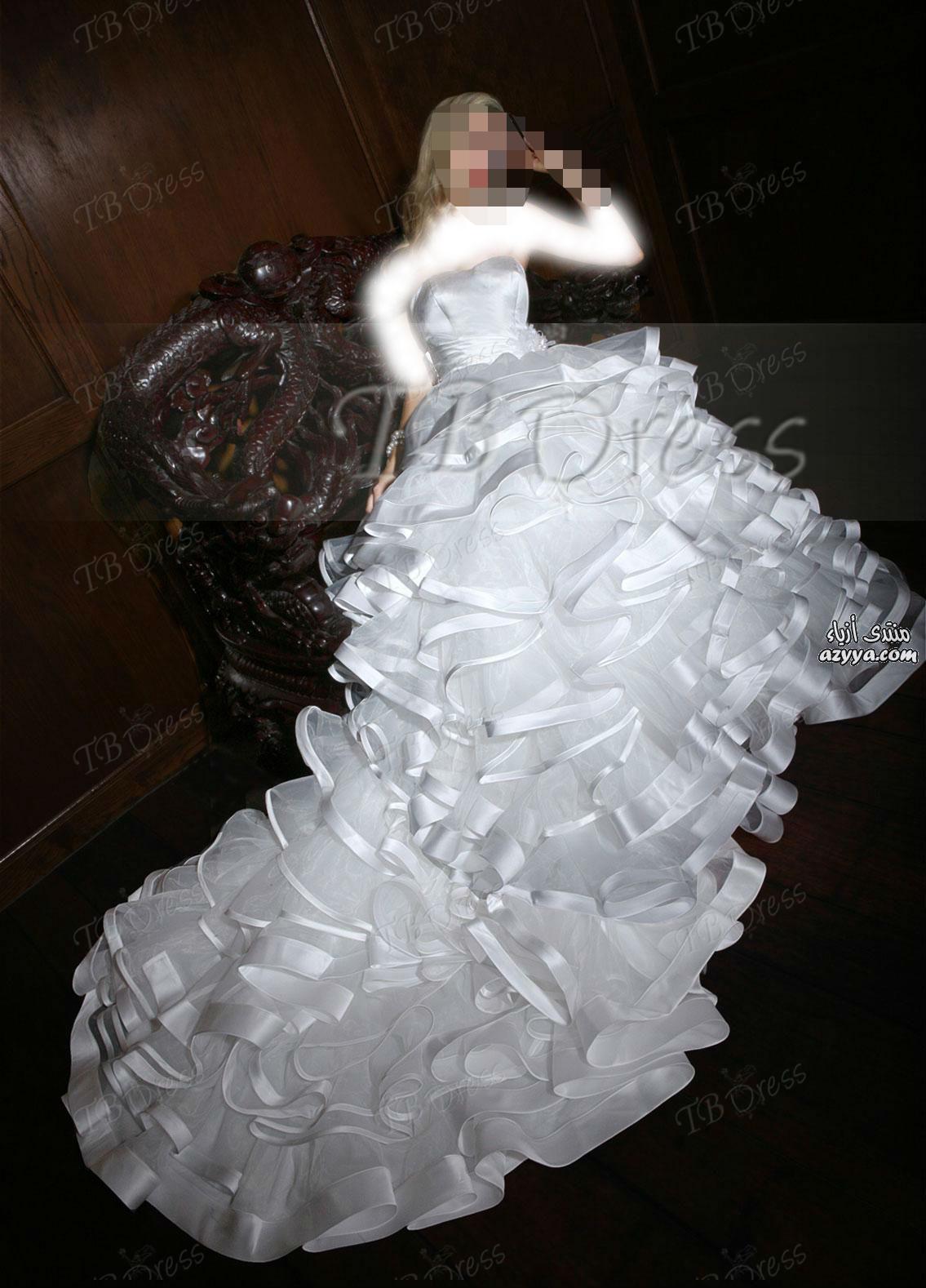 مواضيع ذات صلةفساتين زفاف الخريف لـ Monique Lhuilier للعروس