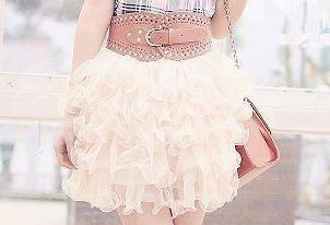 2013الأسود متربع منصة عروض الازياءفساتين ميراى داغر -ربيع وصيف2012أزياء هوت