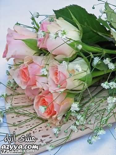 والدهبي الى طاولات الزفاف مع باقات من الورود الاجمل واروع